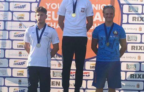 """שלוש מדליות לנציגי עצמה סקי מים ת""""א באל' העולם לנוער"""
