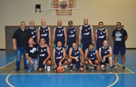 נעים להכיר: קבוצת הכדורסל מ.ס עצמה כרמיאל