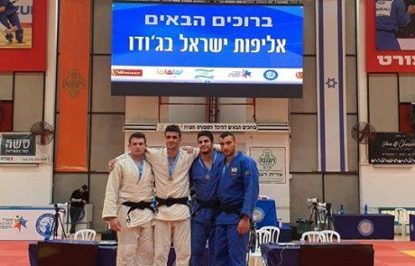"""כותרת: 3 מדליות לספורטאי עצמה סמוראי דו ראשל""""צ באל' ישראל לבוגרים עד גיל 21"""