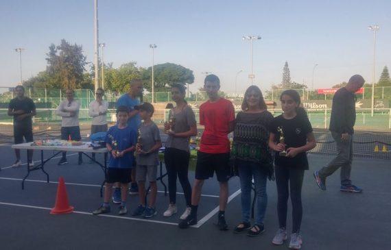 """טניס בני הרצליה חגגה את סיום השנה: """"תודה על רוח הספורט שהבאתם איתכם"""""""