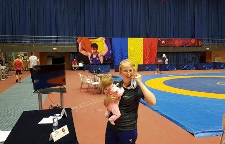 """אמא אלופה: מדליית כסף לקרטיש מ""""עצמה יוניפייט חיפה"""" בטורניר הבינלאומי בבוקרשט"""