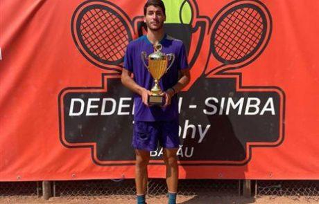 הישראלי הבכיר בסבב: עוליאל מעצמה טניס רמלה זכה בטורניר ברומניה